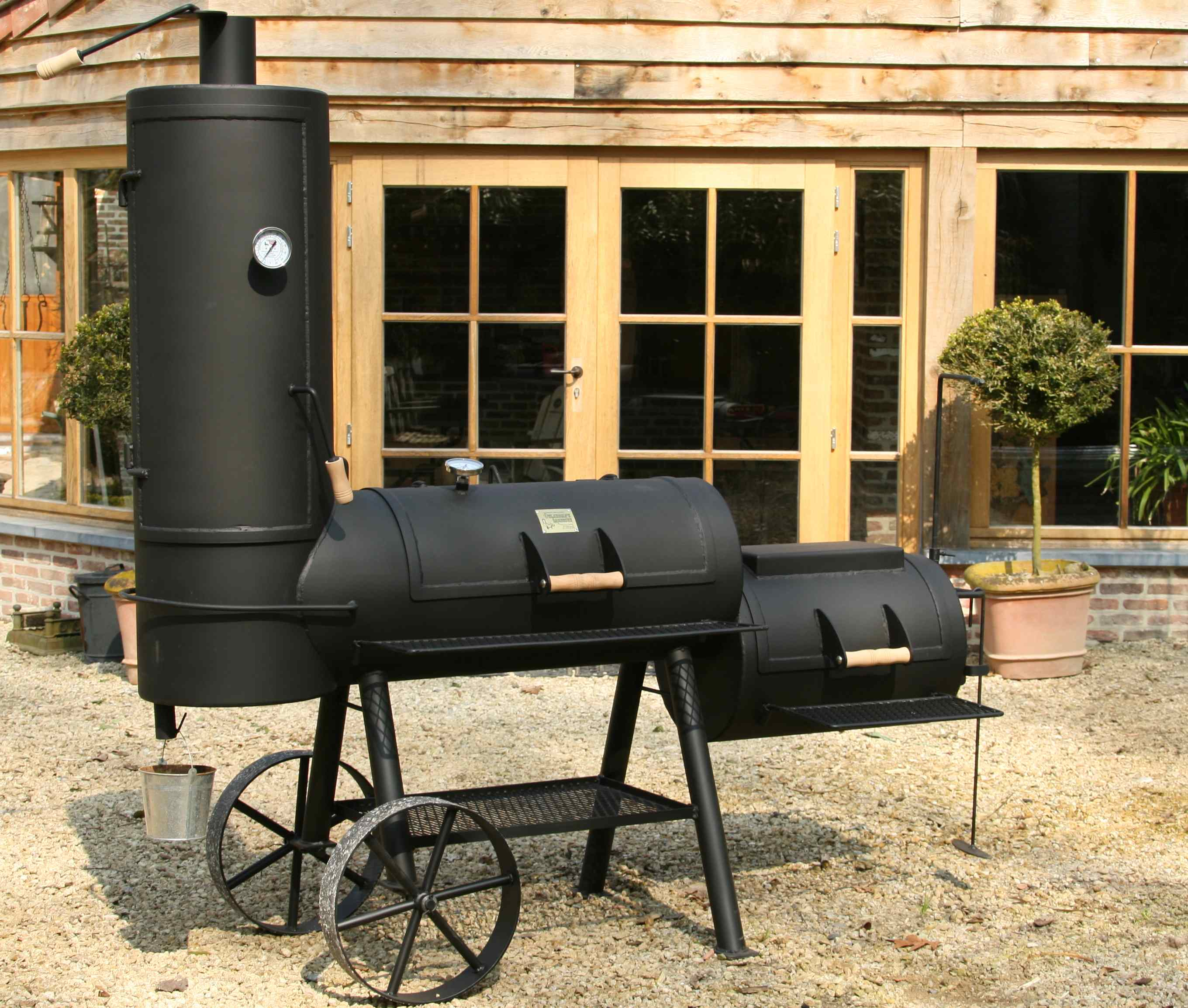 oklahoma-barbecue-bbq-lux-spas-wellness
